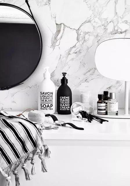你真的学会用香水了吗?用对了方法,让香味环绕一整天不是问题!