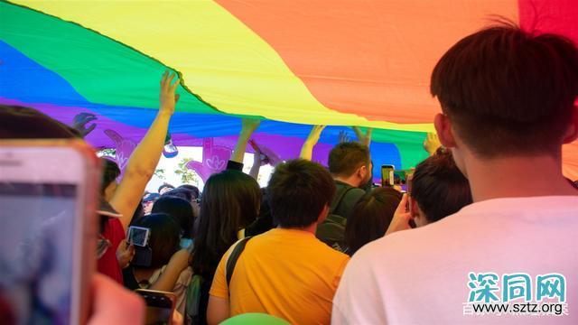 俄罗斯对同性婚姻说不,总统为什么这么强硬?