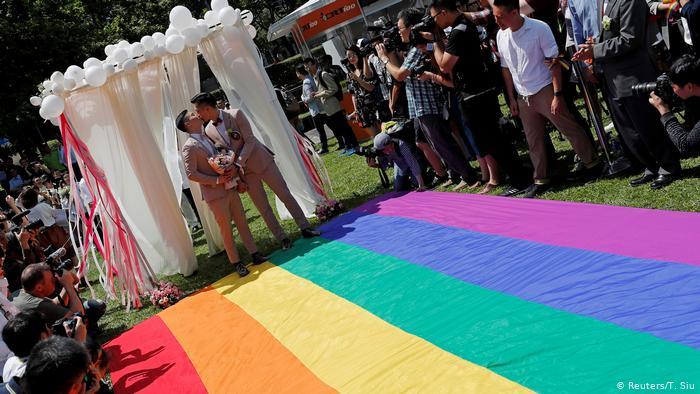 台湾同婚合法一周年: 污名与歧视未消