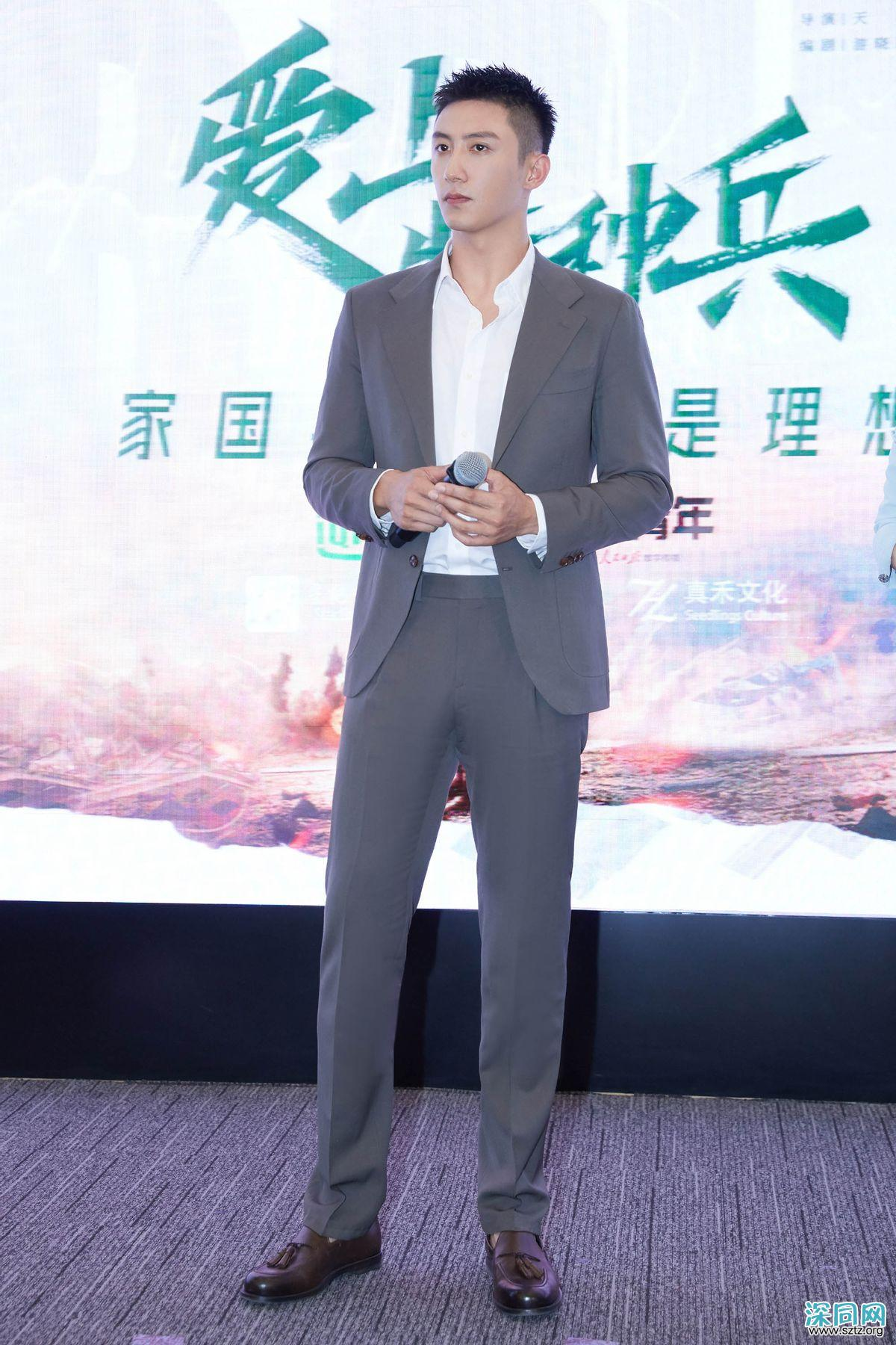 黄景瑜解锁奢侈品牌全球代言人,时尚表现力真好